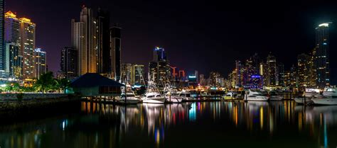Panama City at night Panama | Long exposure of Panama city ...