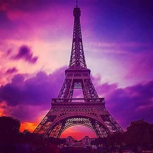 Purple sky over eiffel tower | Purple sky and France