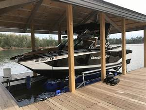 A Complete Guide To Select The Hydrohoist Boat Lift Of