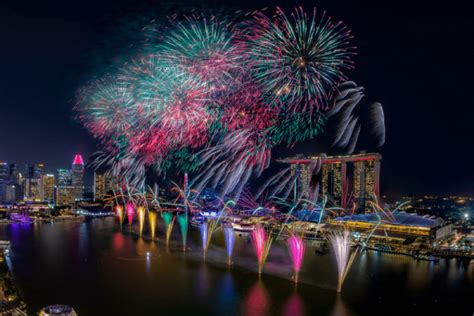 New Year's Eve 2019 in Singapore: Where to go for dinners ...