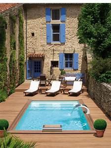 Piscine Jardin Pas Cher : faire construire une piscine est ce bien raisonnable ~ Edinachiropracticcenter.com Idées de Décoration