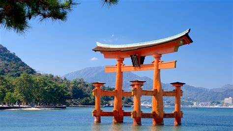 visit itsukushima shrine  hiroshima expedia