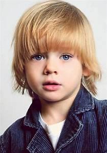 Frisur Kleinkind Junge : die besten 25 frisuren f r kleine jungs ideen auf pinterest kleinkind junge haar ~ Frokenaadalensverden.com Haus und Dekorationen