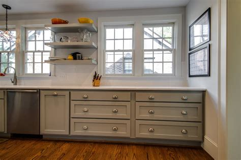 repeindre meuble cuisine bois cuisine repeindre meuble de cuisine en bois avec gris