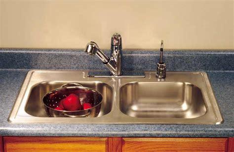 install  kitchen sink hometips