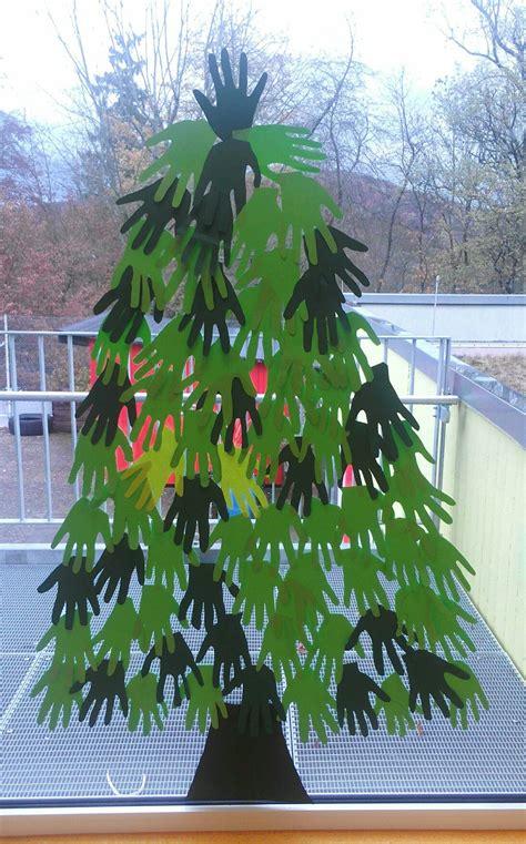 Weihnachtsdeko Fenster Baum by Tannenbaum Handabdruck Basteln Mit Kindern Weihnachts