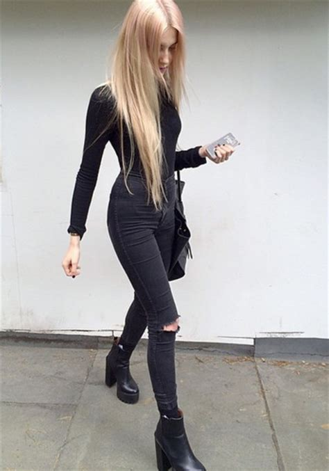 Shoes black outfit black skinny jeans ripped jeans ripped skinny jeans platform shoes ...
