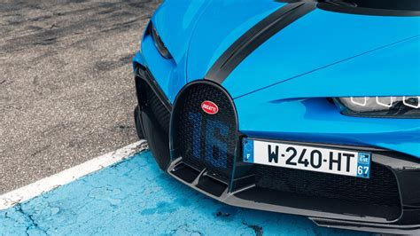 Bugatti plans on delivering the first customer vehicles in the first quarter of 2017. 2020 Bugatti Chiron Pur Sport: Review, Price, Features, Specs