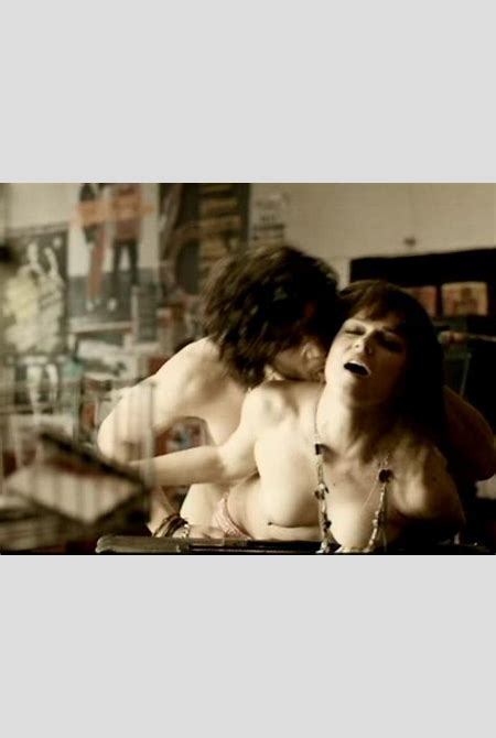 Download Sex Pics Carla Nieto Desnuda Y Follando En Series Y Pel 237