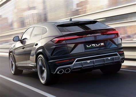 lamborghini urus interior features  suv price