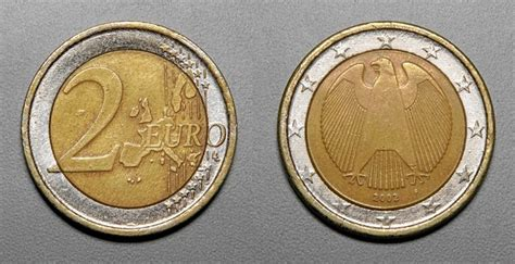 raetsel zwei euro muenzen echt oder falschgeld bitte