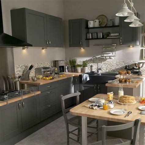 cuisine blanche plan de travail gris 17 meilleures idées à propos de cuisine équipée sur