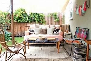Idee deco veranda en style boheme et chic for Tapis exterieur avec canapé style italien