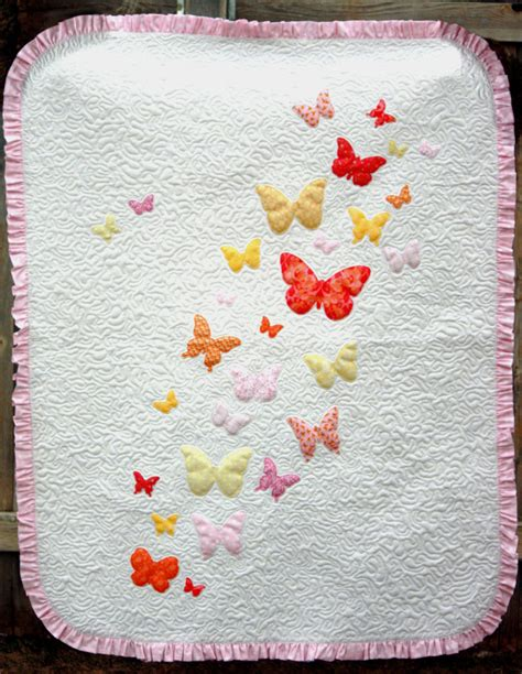 quilting applique patterns butterflies a flutter baby quilt pattern favequilts