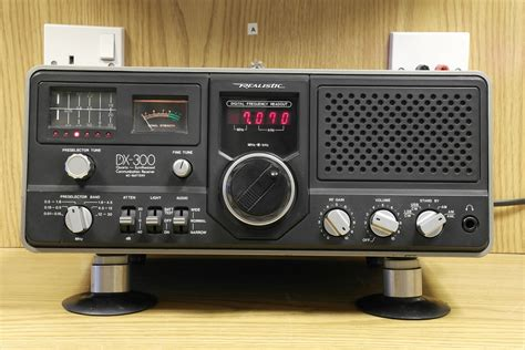 Second Hand Realistic Dx-300 Hf Receiver