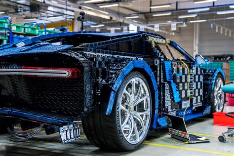 Fun as building houses and pirate ships out of lego can be, it's the cars we've been waiting for. lego_bugatti_chiron_full_size_9 - Technabob