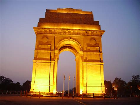 Indian Image by India Gate A National Monument Of India Travelling Moods