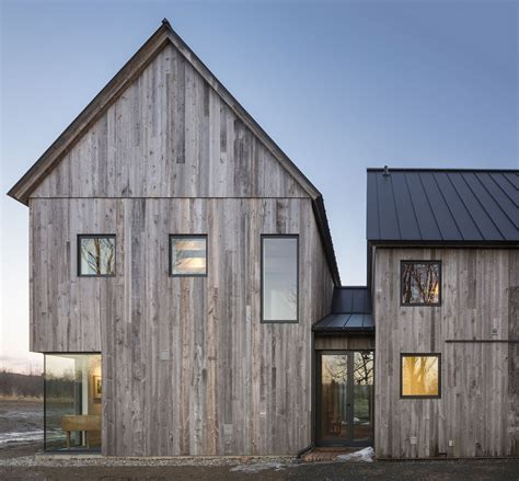Townships Farmhouse in Quebec Embraces Modernity Wrapped