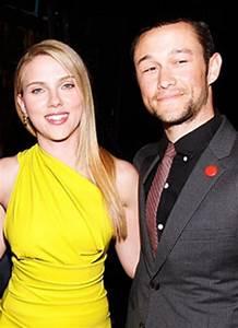 Scarlett Johansson, Joseph Gordon-Levitt Make Out in NYC ...