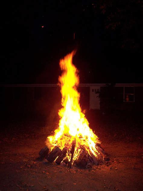 How To Light A Bonfire january 2014 amazing