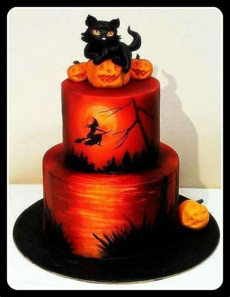 hallowen cakes 17 best images about halloween cakes on pinterest cute halloween haunted houses and halloween