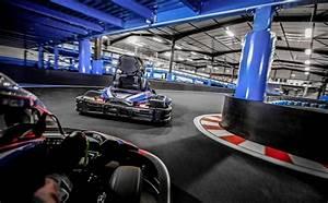 Piste De Karting : pilotez sur la plus grande piste de kart indoor de lyon onlykart ~ Medecine-chirurgie-esthetiques.com Avis de Voitures