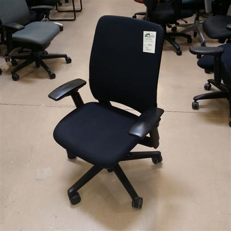 steelcase amia s office furniture