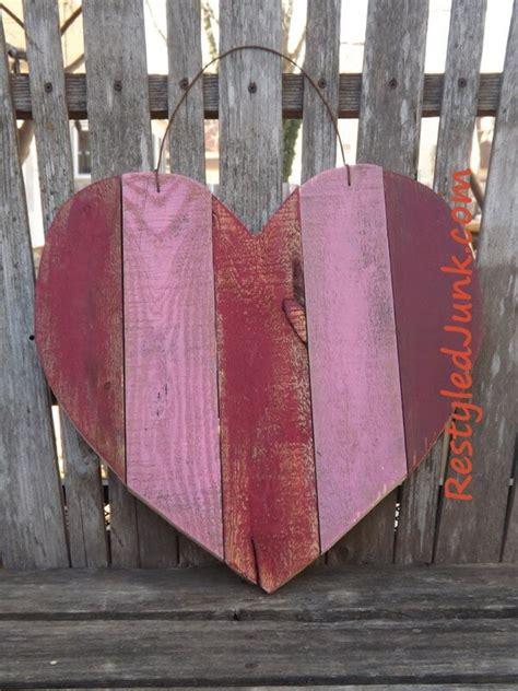 rustic wood heart diy projects  ideas