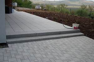 pave pour terrasse un pav multiformat pour la terrasse With pave de terrasse pas cher