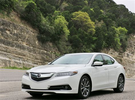 Honda Acura Tlx by Vehicle Review The 2017 Acura Tlx Honda Tech
