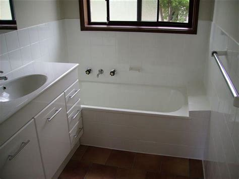 bathroom renovations canberra recommendations ultraglaze canberra canberra ultraglaze 7