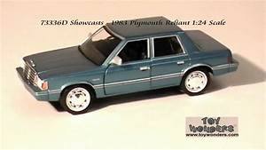73336d Showcasts 1983 Plymouth Reliant 124 Diecast