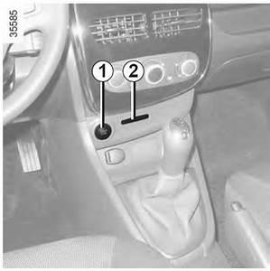 Probleme De Demarrage Clio 2 : notice d 39 utilisation renault clio iv d marrage arr t du moteur la conduite notice d ~ Gottalentnigeria.com Avis de Voitures
