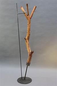Garderobe Baumstamm Holz : baumstamm garderobe mit einem stahlfu ~ Sanjose-hotels-ca.com Haus und Dekorationen