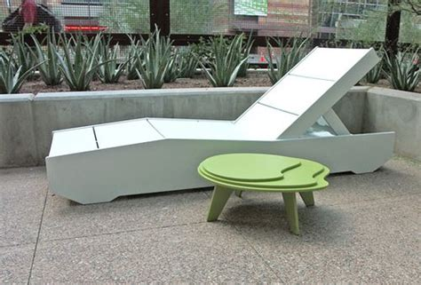 classic modern recycled plastic outdoor furniture