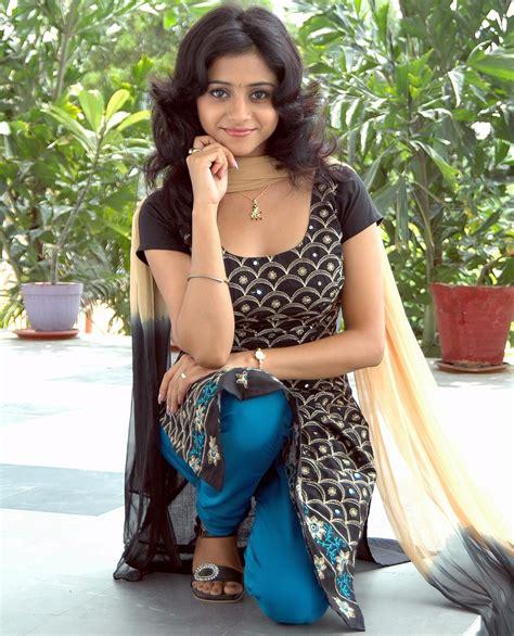 Bollywood Indian Hot Models Pics2011