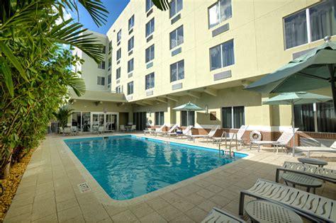 comfort suites miami amenities photos comfort suites miami airport