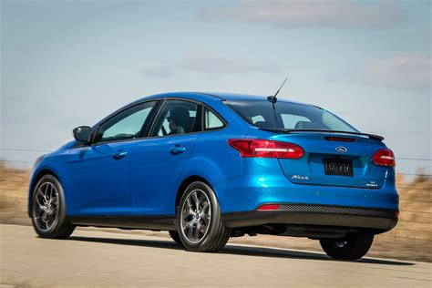 zündspule ford focus new ford saloon 2015 ford focus and what makes it so