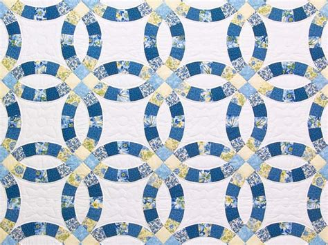 blue and yellow wedding ring quilt photo 3