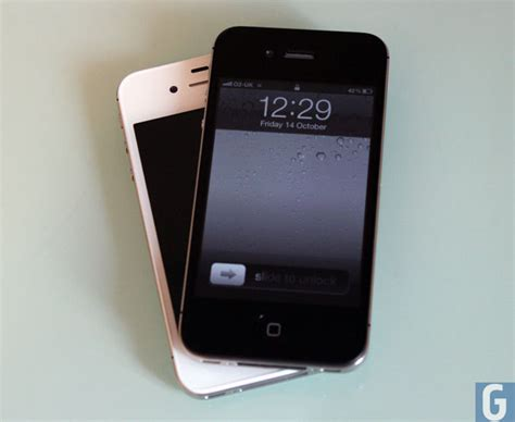 iphone problems iphone 4s owners reporting problems with yellow display