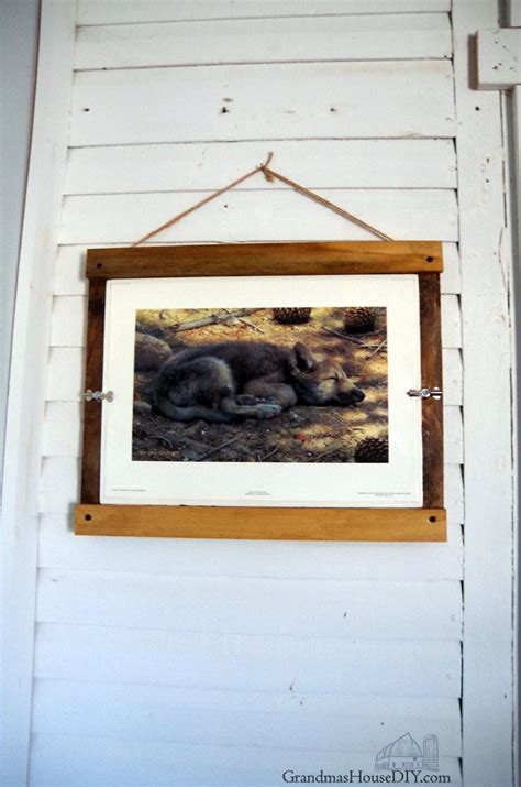 farmhouse picture frame easy wood working diy  barnwood