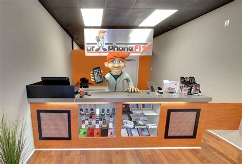 phone repair stores 1000 images about tech store on