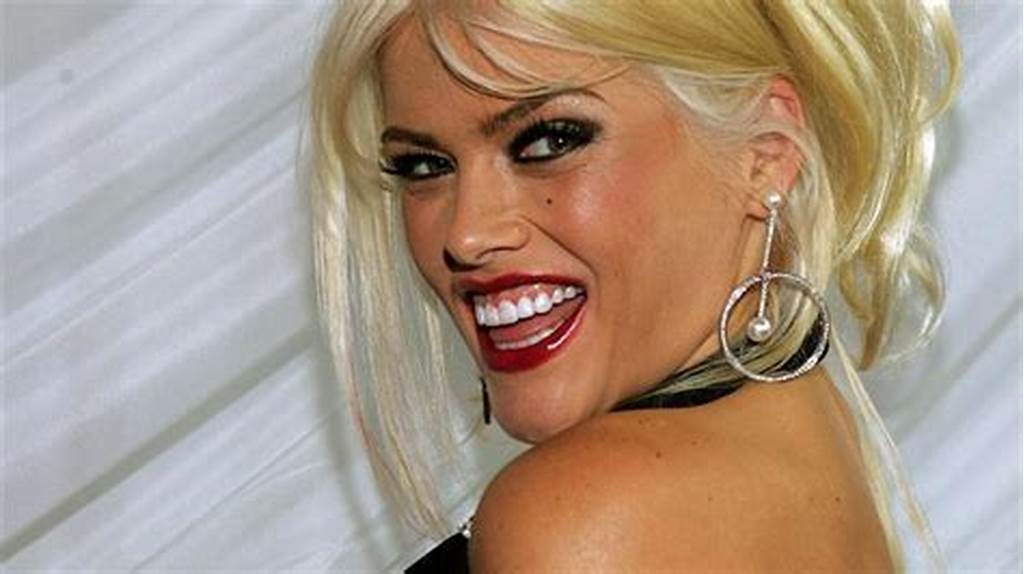 #Anna #Nicole #Smith #The #Obese #Version #Of #Marilyn #Monroe