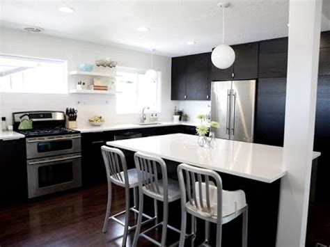 black kitchens designs black and white kitchen designs 1702