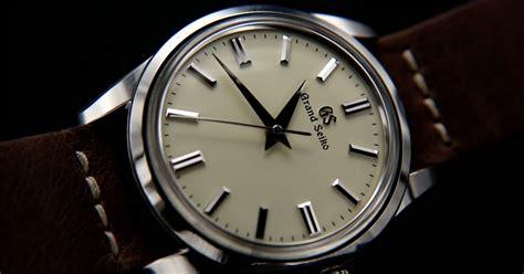 grand seiko sbgw  review  timepieces blog
