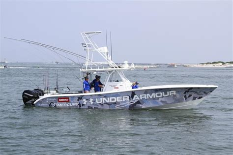 Fishing Boat With Outriggers by Carbon Fibre Outriggers The Hull Truth Boating And