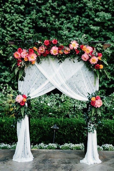 trending  hottest wedding backdrop ideas