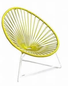 Fauteuil Acapulco Jaune : fauteuil acapulco enfant de boqa avec structure blanche jaune moutarde ~ Teatrodelosmanantiales.com Idées de Décoration
