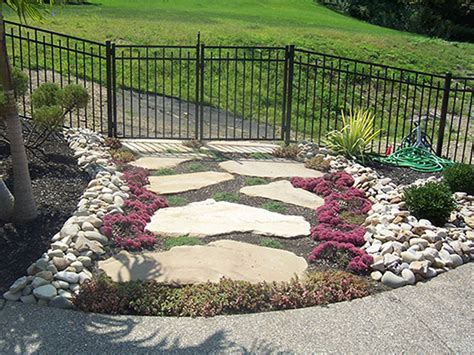 Backyard Landscaping Ideas With Rocks by Landscaping Outdoor Design With Rock Landscaping