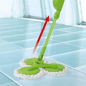 Wischmop Mit Sprühfunktion : cleanmaxx 03649 neue version des triple spray mop mit flexibler biegsamer teleskop stange ~ Yasmunasinghe.com Haus und Dekorationen